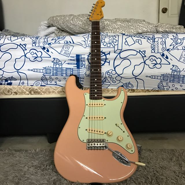 Name:  fender_62ri_shell_pink_strat_1479376939_b81a8fcd.jpg