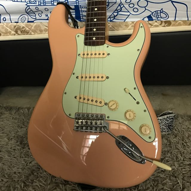 Name:  fender_62ri_shell_pink_strat_1479376940_a2e5b947.jpg