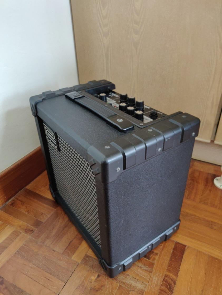 Name:  roland_cube_15_guitar_amp_1545203121_fb4b6ab8.jpg Views: 153 Size:  88.4 KB