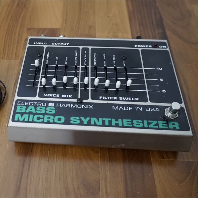 Name:  ehx_bass_microsynth_vintage_1474530723_5314bc9e.jpg