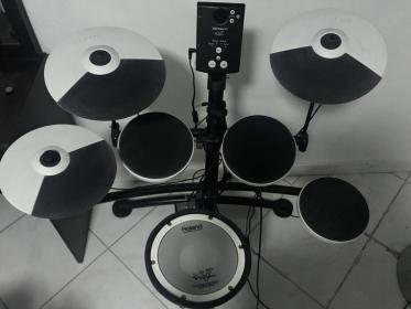 Name:  Drums.jpg Views: 153 Size:  13.9 KB