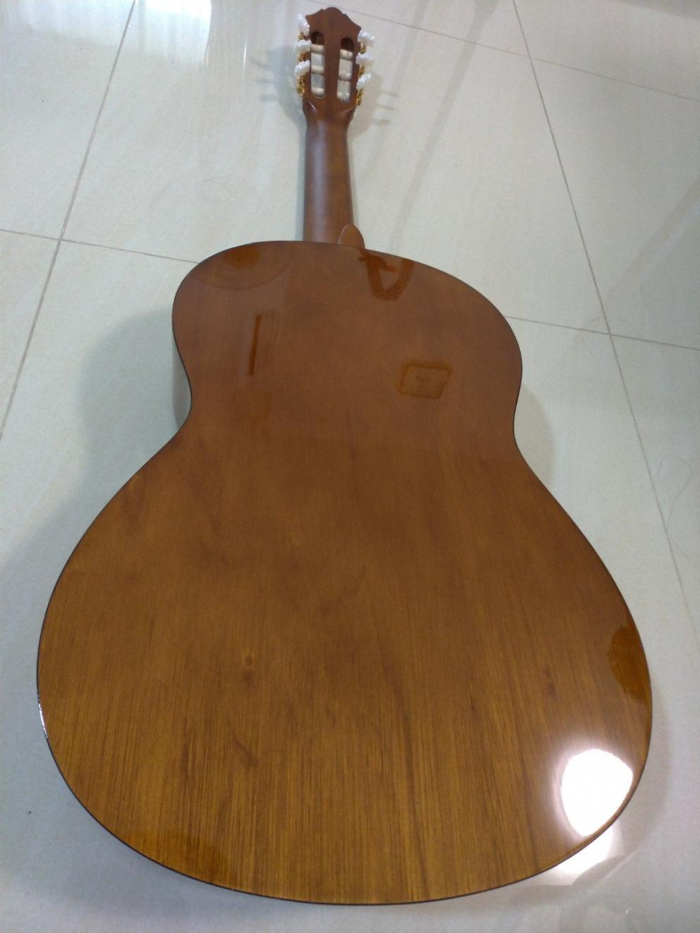 Name:  yamaha_c70_acoustic_guitar_1547006816_3d81f618.jpg