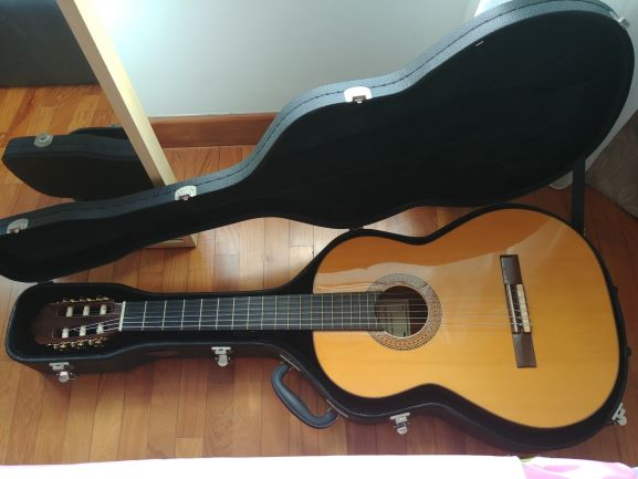 Name:  guitar.jpg Views: 21 Size:  32.7 KB