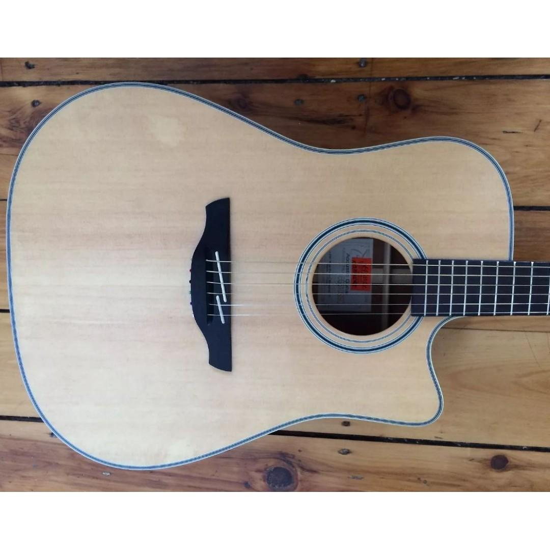 Name:  takamine_acoustic_guitar_eg510ssc_1568616331_b9166fc20_progressive.jpg Views: 132 Size:  84.1 KB