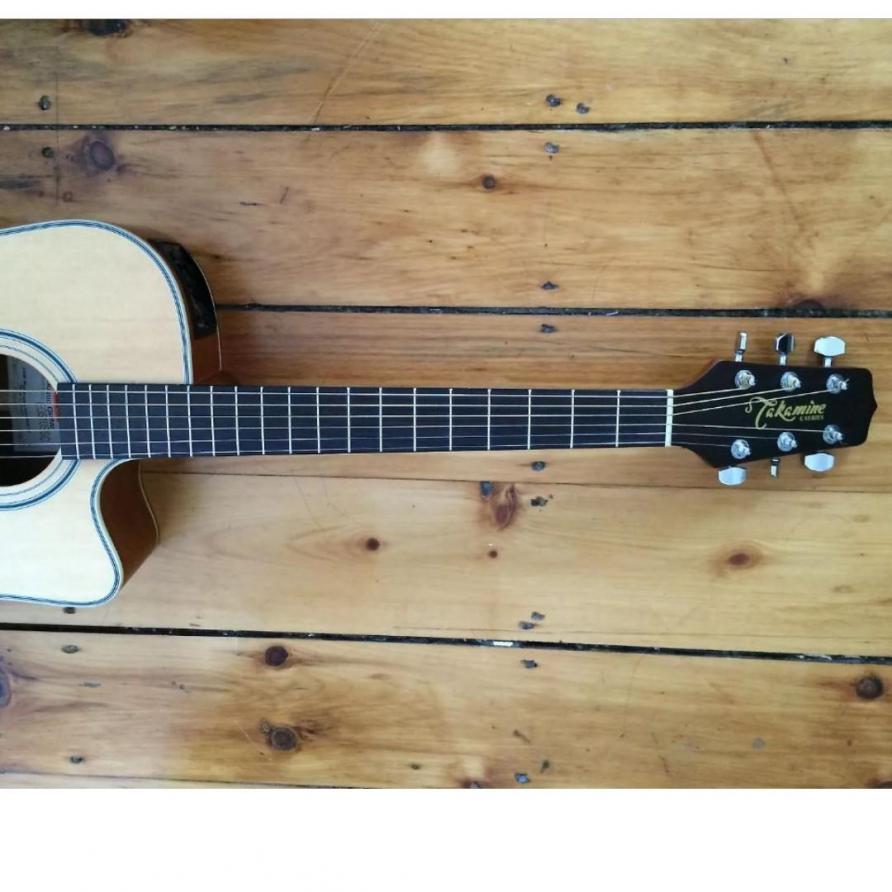 Name:  takamine_acoustic_guitar_eg510ssc_1568616331_48a49f7e1_progressive.jpg Views: 129 Size:  80.1 KB