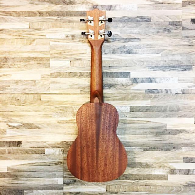 Name:  jerubbaal_uk401_soprano_back.jpg Views: 954 Size:  68.7 KB