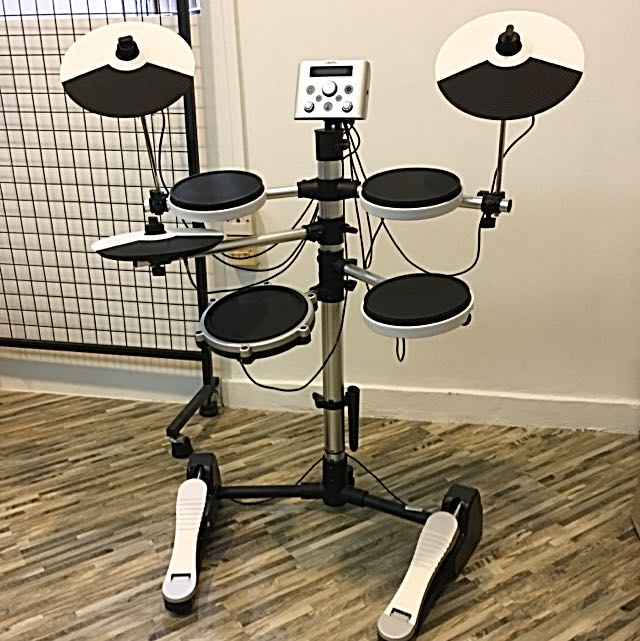 Name:  brand_new_electronic_drums_at_598 white.jpg Views: 983 Size:  75.9 KB